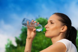 tips meminum air, manfaat meminum air, motivator indonesia, rifqi hadziq, motivator perusahaan, motivator karyawan