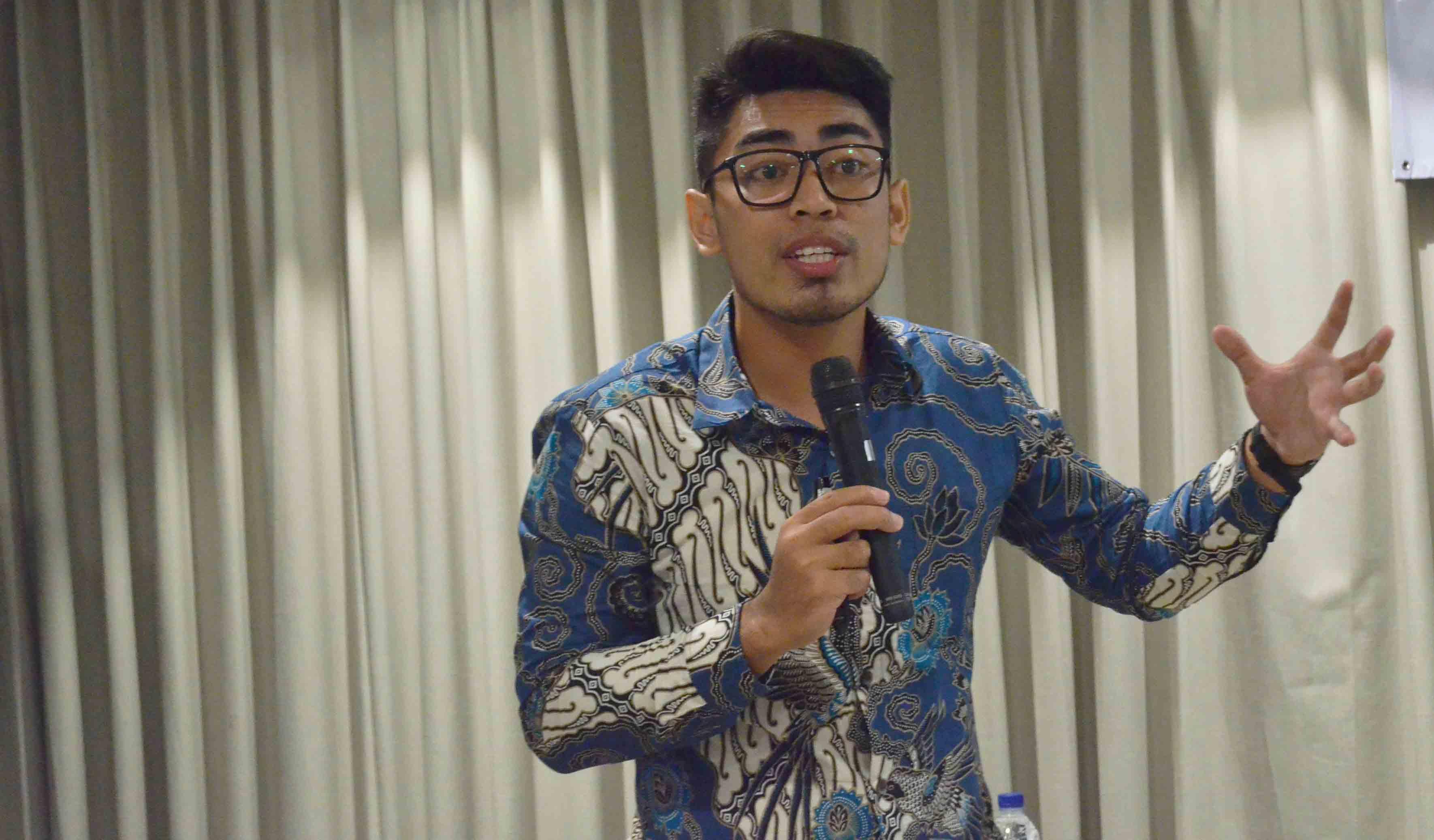 rifqi hadziq, motivator indonesia, motivator sales indonesia