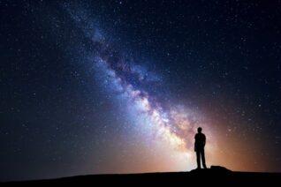 pikiran alam semesta